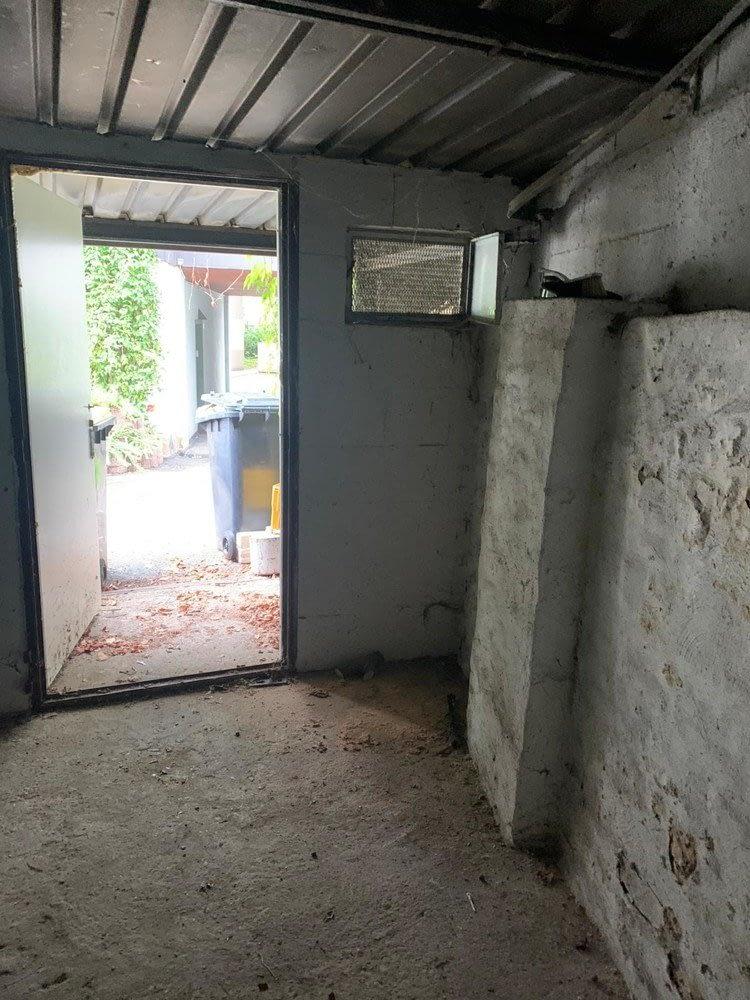 kleiner Lagerraum im Hinterhof
